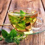 Top 8 avantages pour la santé du thé à la menthe poivrée
